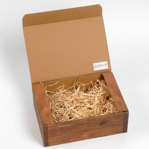 caisse en carton aspect bois